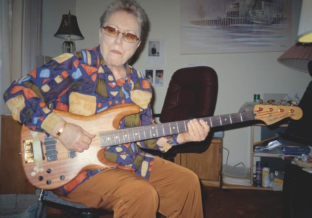 Carol Kaye 1